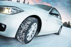 Так ли необходимо ставить зимние шины или сгодятся всесезонки?
