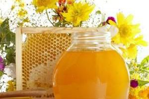 Апельсиново-сельдерейный сок, мед и мумие при ветрянке