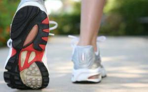 Болезни почек? Медики рекомендуют пешие прогулки