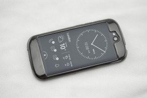 Чехлы и бамперы: подбираем стильную «одежду» для телефонов