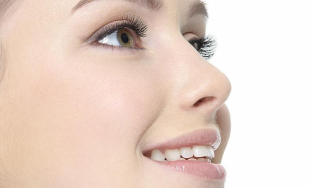 Исправление имеющихся повреждений и врожденных проблем с носом — ринопластика носа, в клинике «ДЕКА»