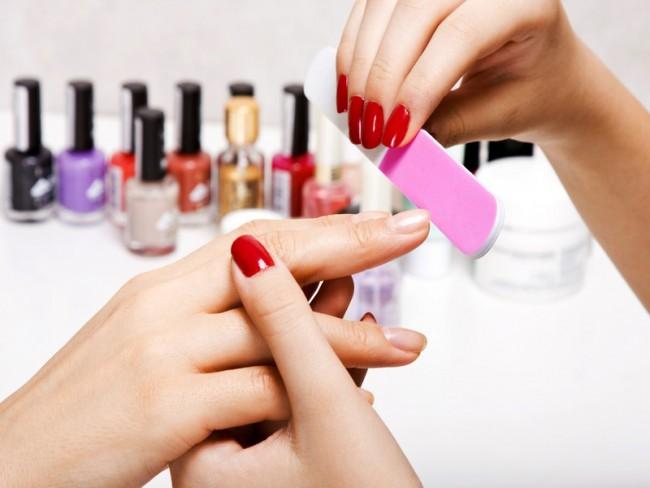 Опасная «химия» для ногтей