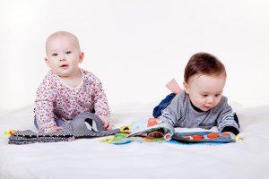 Дети должны контактировать с микробами, чтобы снизить риск рака крови