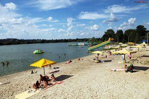 На журавлевском пляже Харькова в воде выявили опасный вирус