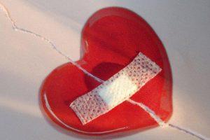 Жертвам ВИЧ в два раза чаще угрожают болезни сердца