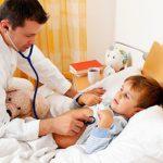 Температура 40 и душит кашель: в Украине опять вспыхнула опасная инфекция