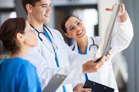 Как врачи относятся к новым форматам общения с фармкомпаниями?