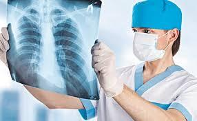 Иммунодефициты, мигранты и антипрививочники: что продолжает подпитывать туберкулез в России