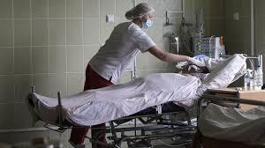 За год в РФ выросла частота госпитализации и внутрибольничная летальность