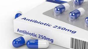 При неосложненном аппендиците целесообразна начальная терапия антибиотиками