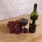 Красное вино оказалось настоящим спасением от тяжелых осложнений COVID-19