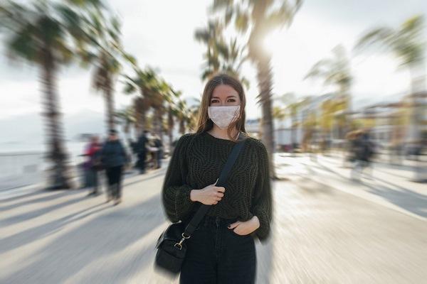 Естественное УФ-излучение причинит мало вреда коронавирусу