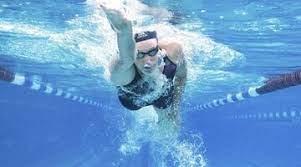 Хлорированная вода в бассейне может убивать вирус Covid за 30 секунд, утверждают ученые