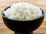 Диетологи призывают отказаться от белого риса