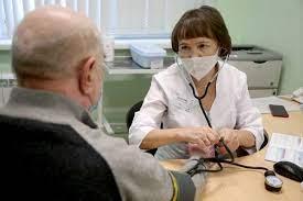 Минздрав разрешил испытания КовиВака среди пожилых лиц